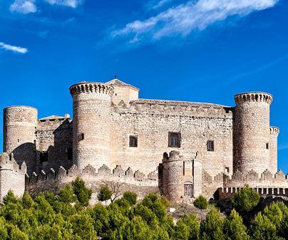 castillo belmonte portada /<b>David Blázquez</b>