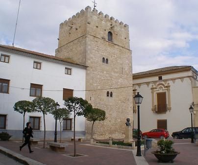 Torre Vieja de San Clemente y Castillo de Santiago San Clemente