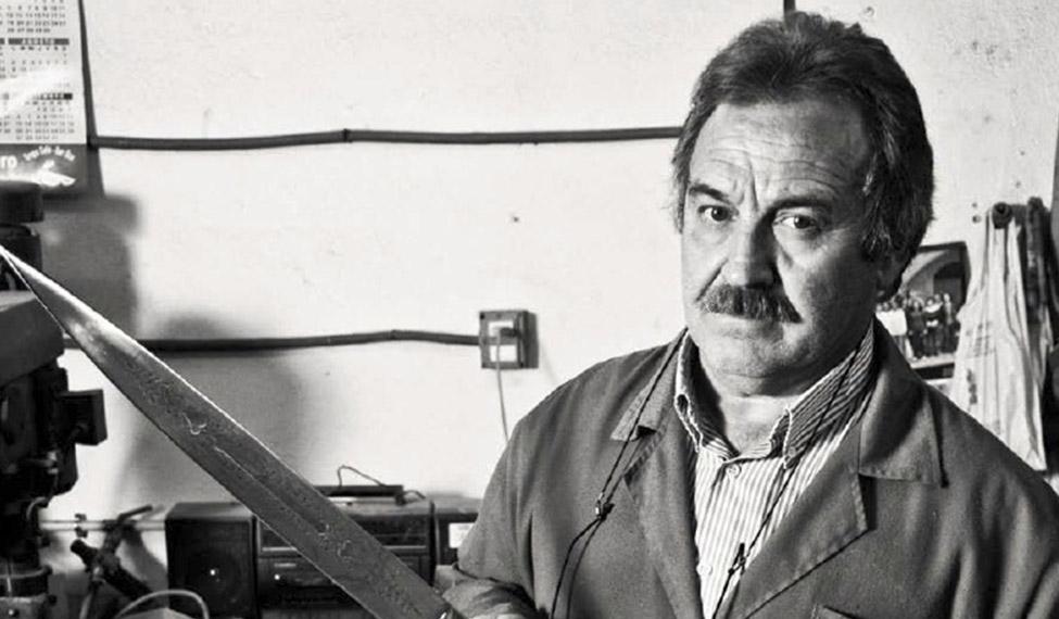 José Expósito Picazo. Cuchillero.
