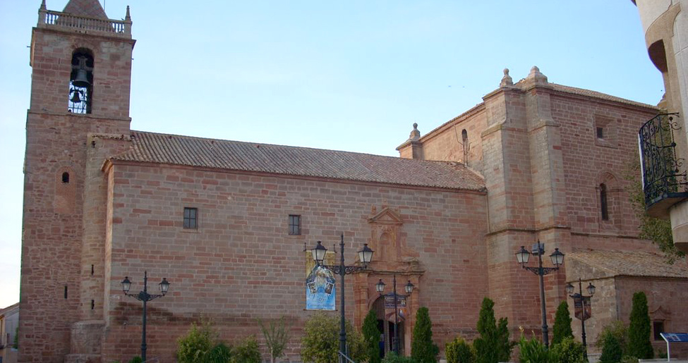 Iglesia de Nuestra Señora de los Olmos en Torre de Juan Abad
