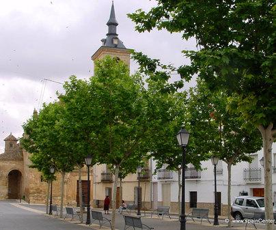 Iglesia de Santa María de la Asunción en Lezuza