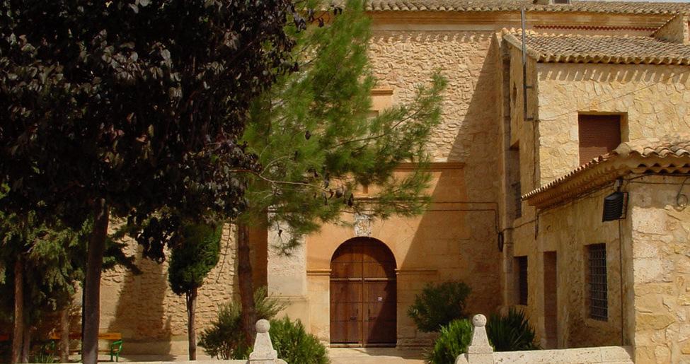 Iglesia barroca de Cenizate