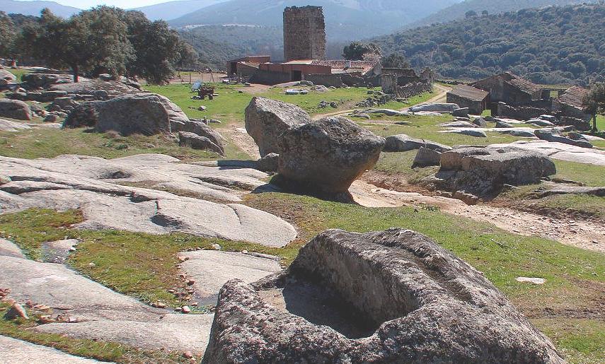 Resultado de imagen de Castillo de Malamoneda
