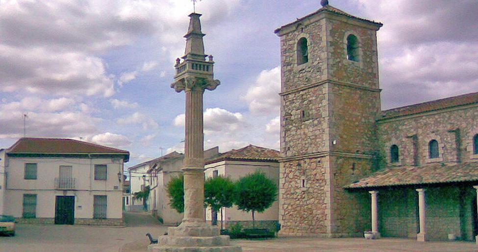 Plaza Mayor de Fuentenovilla