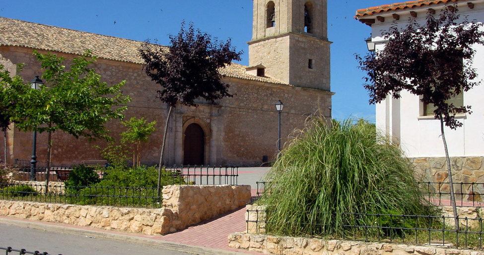 Iglesia de Santo Domingo de Silos en Montalbo