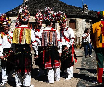 Danzas de la Octava del Corpus de Valverde de los Arroyos