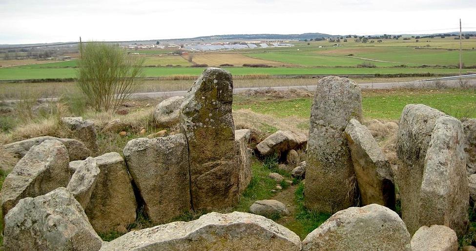 Yacimiento arqueológico Dolmen de Azután