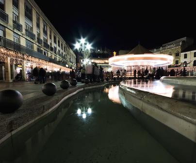 Pabellón de Ferias y Congresos de Ciudad Real - Plaza Mayor vista nocturna
