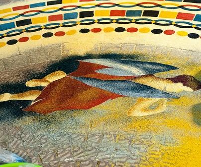 Descripci n de la fiesta fiesta de las alfombras de serr n for Imagenes alfombras modernas