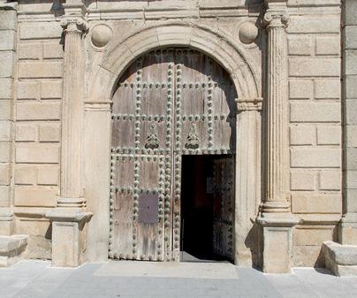 Iglesia de Cuerva. Portada