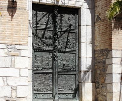 Puertas de la Gloria. Santuario del Cristo de la Veracruz. Urda