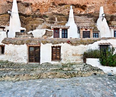 Chinchilla cuevas-vivienda 2