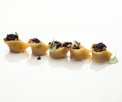 Raviolis de ricotta y caviar