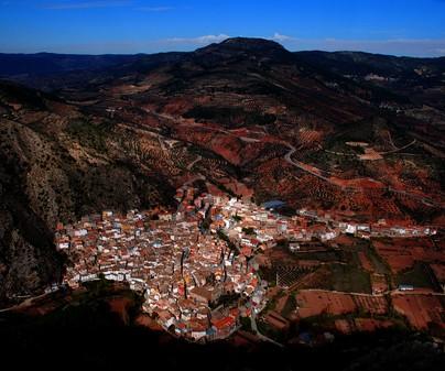 Vista de Bogarra desde el Picayo