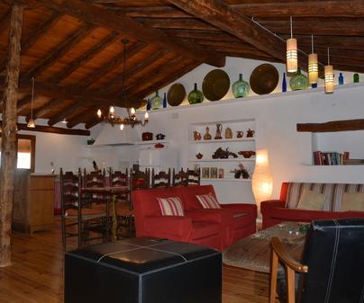 LA TABARREÑA Salón La Camara