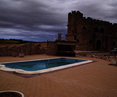 Casa rural el castillo de barambio alojamientos - Casa rural el castillo ...