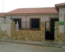 Casa Rural El Calvario, en Santa María de los Llanos (Cuenca)