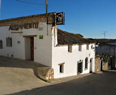 Casa Rural La Cueva, en Castillo de Garcimuñoz (Cuenca)