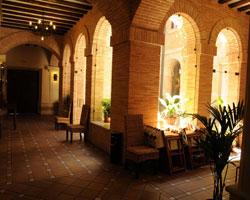 Casa Rural Hospedería El Convento, en Lillo (Toledo)