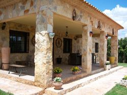 Casa Rural Esmeralda, en Villanueva de la Jara (Cuenca)