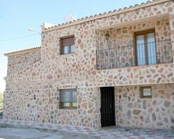 Casa Rural Las Peñas, en Santa Quiteria (Alcoba, Ciudad Real)