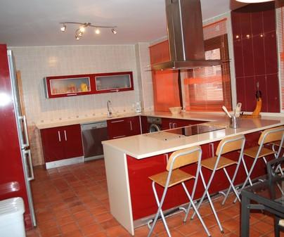 Cocina casa rural el ventano en Villalba de la Sierra