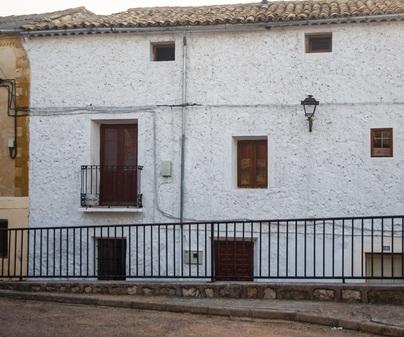 Casa rural La Alcarria fachada