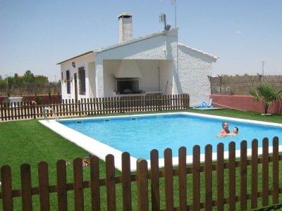 Casa Rural Picorzo, en Las Mesas (Cuenca). Pisicna
