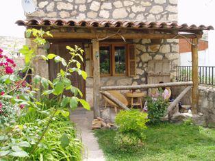 Casa Rural Villa Lusitana, en Torralba (Cuenca). Entrada