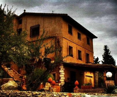 Fachada. Casa rural El molino de los secretos. Almoguera (Guadalajara)