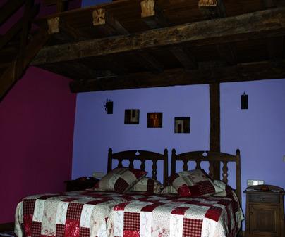 Dormitorio con altillo de Casa rural La Pinocha. Sigüenza (Guadalajara)