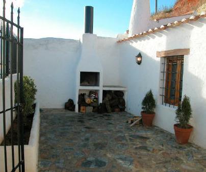 Terraza de Casa Rural Cueva de Pedrín en Chinchilla de Montearagón (Albacete)