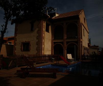 Fachada de la Casa Rural Figueroa de Fuentenava de Jábaga (Cuenca)