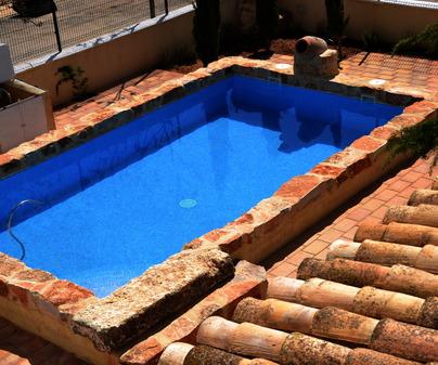 Piscina en Casa Rural Hoces del Batanejo en Sisante (Cuenca)
