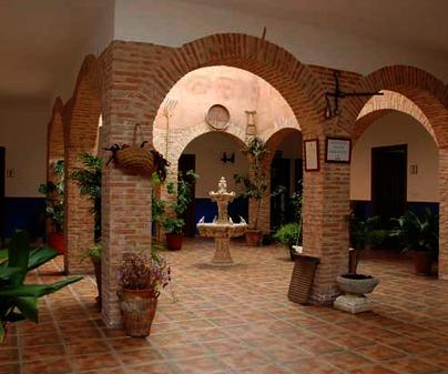 Patio de la Casa Rural Casa de Pacas, en Bolaños de Calatrava (Ciudad Real)