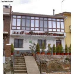 La Balconera de Ana, en Puebla de Don Rodrigo (Ciudad Real)