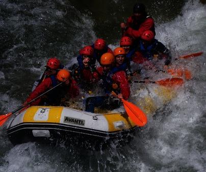 Rafting de Empresa de Turismo Activo Altaïr en Enguídanos (Cuenca)