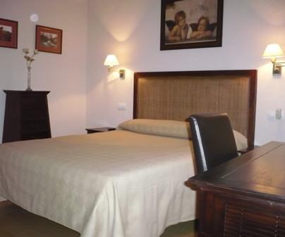 Hostal Moratín, en Pastrana (Guadalajara). Habitación matrimonio