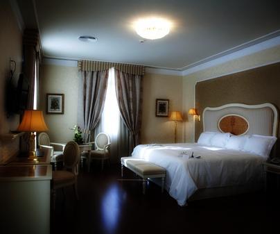 Hotel Santa Isabel, en Albacete. Habitación doble