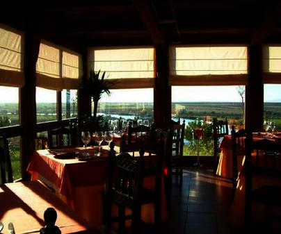 Hotel Finca Canturias. Restaurante (Belvís de la Jara)