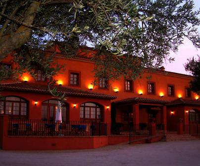 Hotel Olivar de las Mangas. (Calzada de Oropesa)