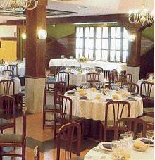 Hotel-Restaurante Santa Cruz, en Santa Cruz de Mudela (Ciudad Real)