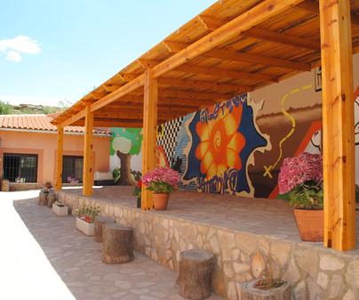 Porche Albergue Rural Serranill@ Villanueva de Guadamejud (Cuenca)