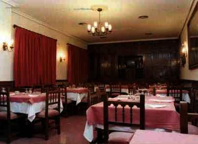 Restaurante La Muralla. Comedor  (Belmonte)