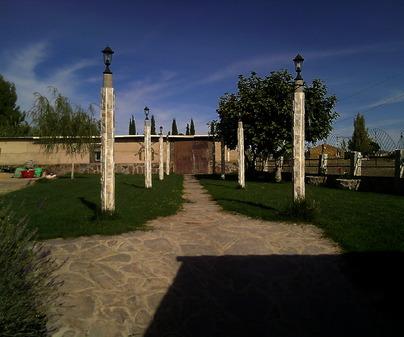 "Jardín. Restaurante ""La Mojonera"". Malagón. Ciudad Real."