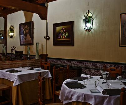 Restaurante Casa Parrilla de Las Ventas con Peña Aguilera (Toledo) /<b>Jorge Moreiro</b>