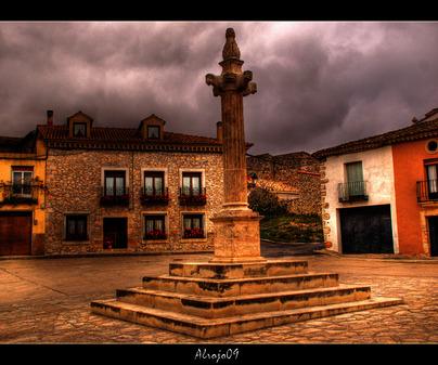 Cuadro de la Plaza Mayor de Valdeavellano (Guadalajara)