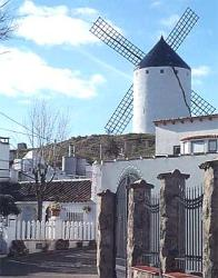 El Romeral, Molino de viento manchego